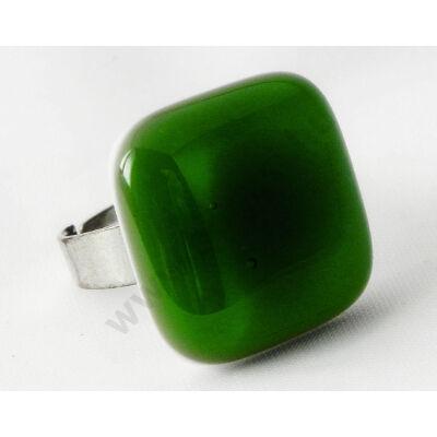 Áttetsző fűzöld fehér alapon Solo üveg gyűrű
